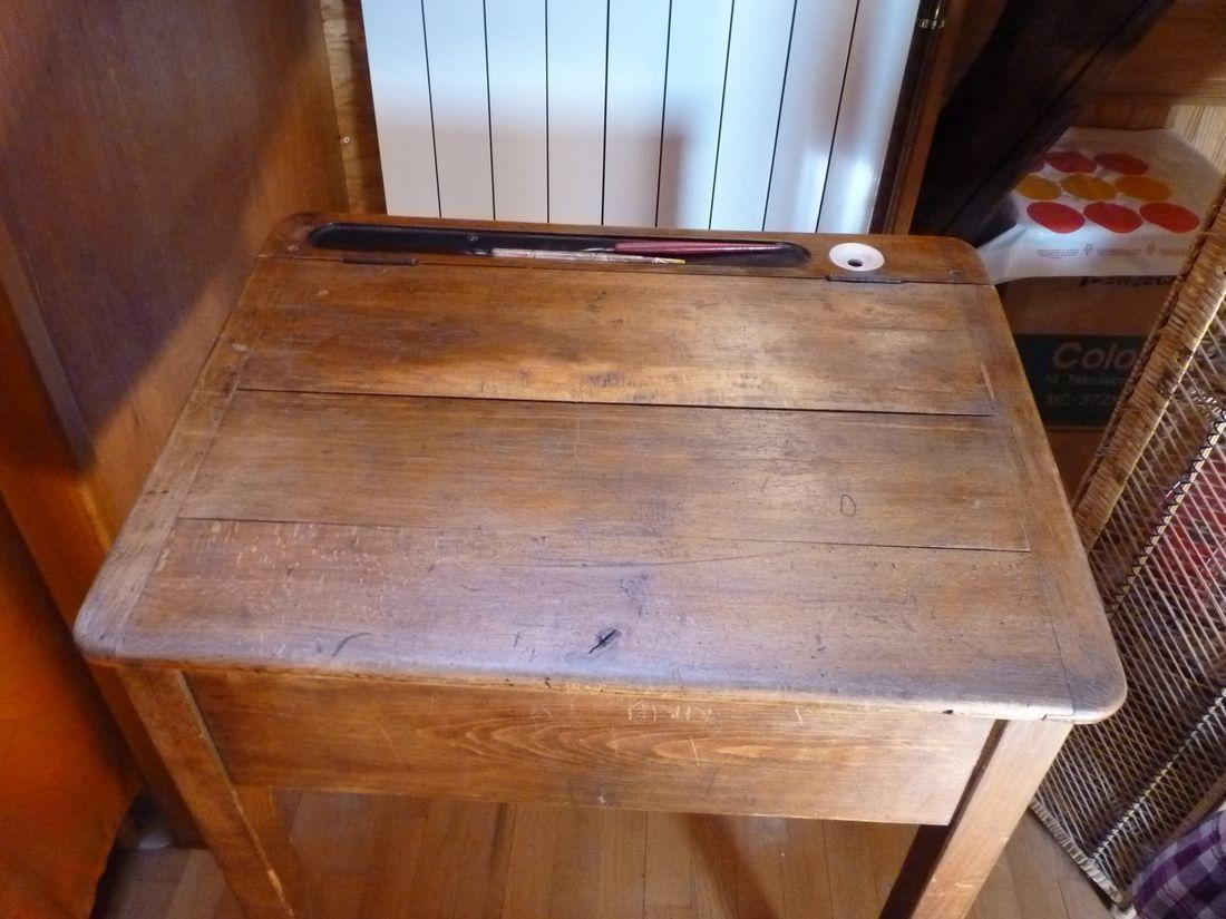 un vieux bureau d 39 colier autrefois 2. Black Bedroom Furniture Sets. Home Design Ideas